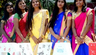 MGITechnology College Students Photo Gallery - Sakshi