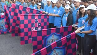 she team organizes 10k run in Hyderabad Photo Gallery - Sakshi