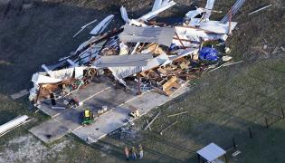 Alabama Tornadoes in Lee County Photo Gallery - Sakshi