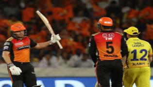 Sunrisers Hyderabad beat Chennai Super Kings by 6 Wickets Photo Gallery - Sakshi
