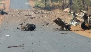 Gadchiroli Maoist attack - Sakshi