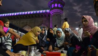 Ramzan Celebrations Start In Hyderabad Photo Gallery - Sakshi