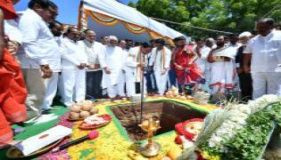 KCR lays foundation stone for new Secretariat building Photo Gallery - Sakshi