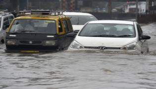 heavy rains in mumbai Photo Gallery - Sakshi