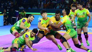 Pro Kabaddi Telugu Titans vs Patna Pirates Match Photo Gallery - Sakshi