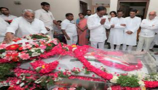 Political Leaders Pays Tributes To Congress Senior Leader Jaipal Reddy Photo Gallery - Sakshi