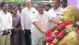 YSR 70th Birth Anniversary Celebrations At Lotus Pond Photo Gallery - Sakshi