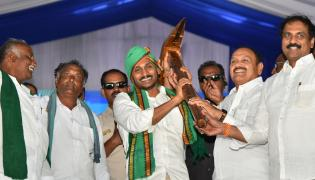 YSR Raithu Dinotsavam Public Meeting at Jammala Madugu Photo Gallery - Sakshi