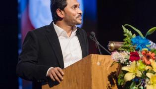 CM YS Jagan Meeting with Entrepreneurs In the America Tour Photo Gallery - Sakshi