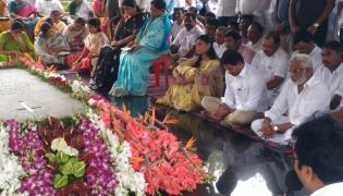 CM Jagan Pays Tribute-YS Rajasekhara Reddy Idupulapaya ysr Ghat Photo Gallery - Sakshi
