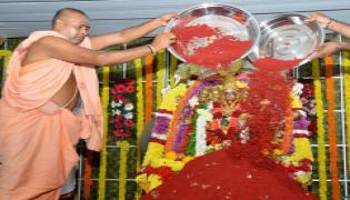 Sharan Navaratri Celebrations in Vijayawada Photo Gallery - Sakshi