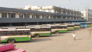 TSRTC strike enters third day Photo Gallery - Sakshi