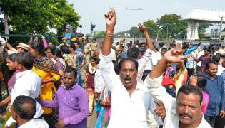 Chalo Tank Bund March Held at Hyderabad Photo Gallery - Sakshi