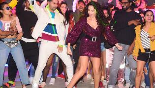 street dancer 3d song launch Photo Gallery - Sakshi
