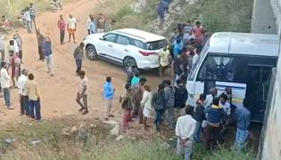 Four accused in Disha murder case killed in encounter Photo Gallery - Sakshi