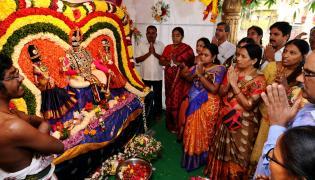 Vaikunta Ekadasi Celebrations Ap and Telangana Photo Gallery - Sakshi