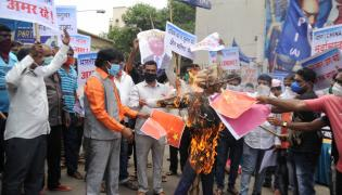 BJP workers Protest against Chinese president Photo Gallery - Sakshi