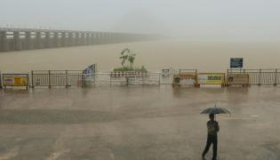 Heavy ranins in Andhra pradesh And Telangana Photo Gallery  - Sakshi