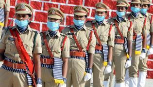 Training SI Parade Reharsal at Anantapuram Photos - Sakshi