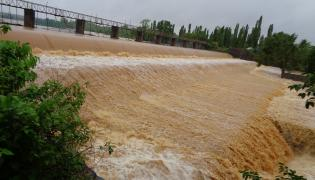 Heavy Rain In Andhra Pradesh Telangana - Sakshi