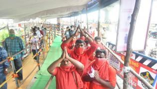 dussehra sharan navaratri festival in indrakiladri at vijayawada photo gallery - Sakshi