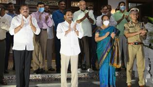 AP CM YS Jagan Clapping for Village Volunteers Photo Gallery - Sakshi