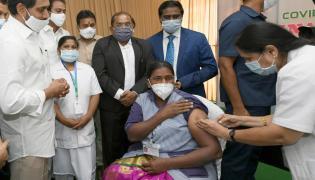 CM YS Jagan Launches Covid Vaccination Program In Vijayawada Photo Gallery - Sakshi