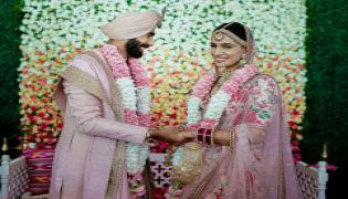 Jasprit Bumrah ties the knot with Sanjana Ganesan Photo Gallery - Sakshi