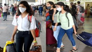 Students Going To Their Hometown After Closing Hostels Photo Gallery - Sakshi