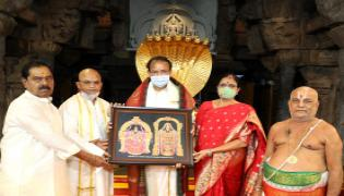 Vice President M. Venkaiah Naidu visited Thirumala Photo Gallery - Sakshi
