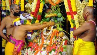 The coronation ceremony of Lord Sri Rama in Bhadrachalam Photo Gallery - Sakshi