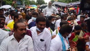 Police Arrest TCongress Leaders at Indira Park - Sakshi