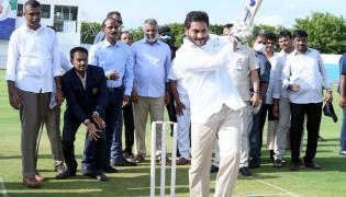 AP CM YS Jagan Playing Cricket At YS Rajareddy Stadium In Kadapa Photo Gallery - Sakshi