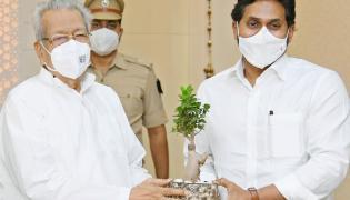 AP CM YS Jagan to Meet Governor Biswabhusan Harichandan Photo Gallery - Sakshi