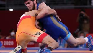 Ravi Kumar Dahiya wins wrestling silver medal  - Sakshi
