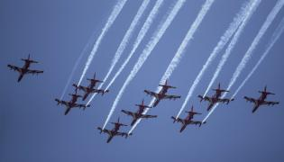 Indian Air Force to conduct air show at Dal Lake in Srinagar Photo Gallery - Sakshi