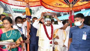 CM YS Jagan Visits Kanaka Durga Temple Photo Gallery - Sakshi