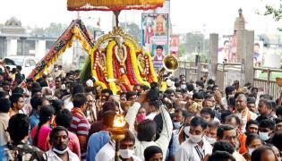 Dasara Sharan navaratri Celebrations At Kanaka Durga Temple - Sakshi
