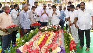 CM YS Jagan Tribute to Dr EC Gangi Reddy Photo Gallery - Sakshi