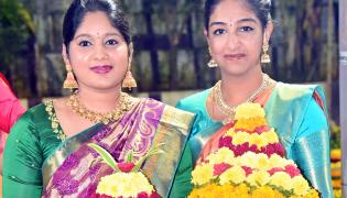Photos : Bathukamma Festival Celebrations Starts All Over Telangana State - Sakshi