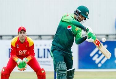 Pakistan Beats Zimbabwe In 3rd ODI And Seal Series - Sakshi