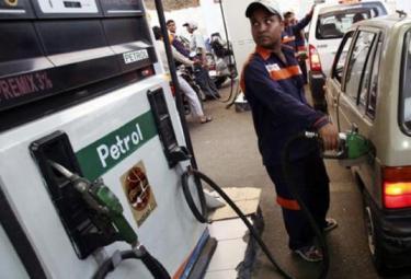 Petrol Price Hike Indian Tourists To Nepal Increases - Sakshi
