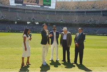 Australia Have Won The Toss And  Choose Bat First - Sakshi
