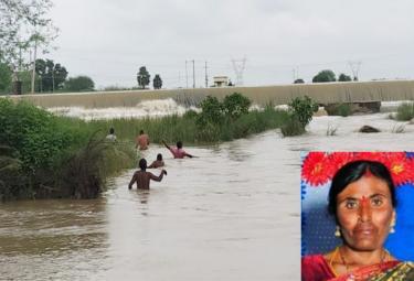 Woman Washed Away In Munneru Canal At Warangal - Sakshi