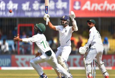 India Vs Bangladesh 1st Test Ajinkya Rahane Lost Wicket At 86 - Sakshi