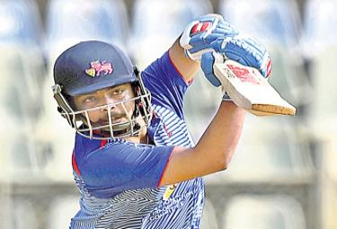 Prithvi Shaw Played Great Innings In Syed Mushtaq Ali Trophy Indigenous T20 Tournament - Sakshi