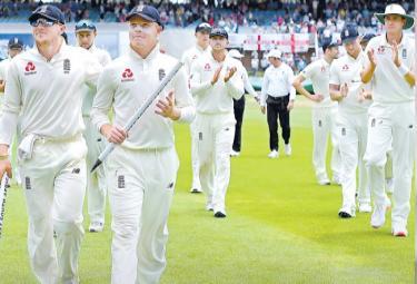 England Won Third Test Against South Africa - Sakshi