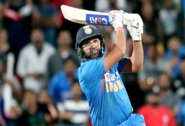 Cricketing Fraternity Reacts After Rohit Sharma pulls off Heist - Sakshi
