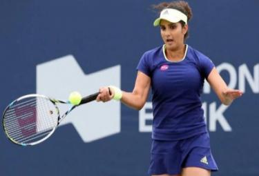 Sania Mirza Defeat In Dubai Open Tennis Tournament - Sakshi