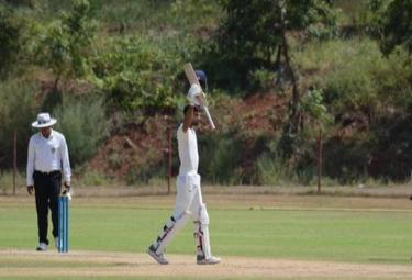 Saurashtra All Out For 419 Against Andhra Team - Sakshi
